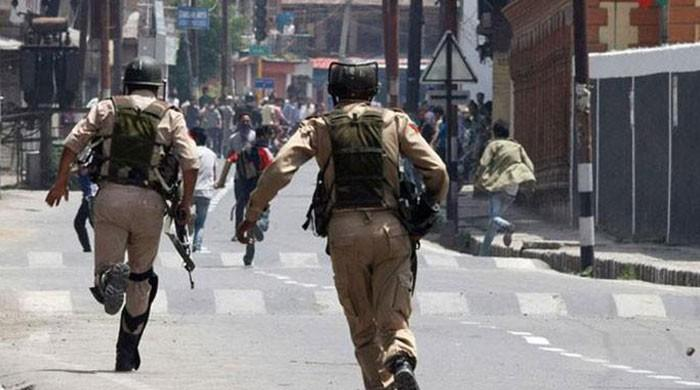 Indian police arrests French journalist for filming atrocities in Occupied Kashmir
