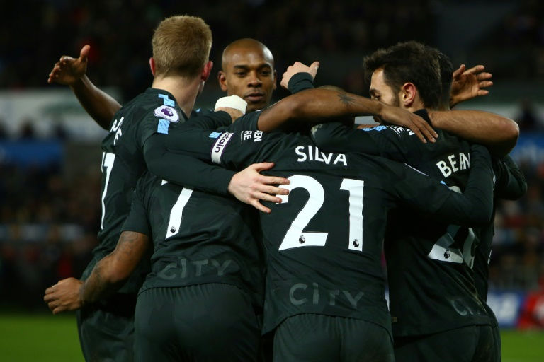 Tottenham boss Mauricio Pochettino vows to party if they stun Man City