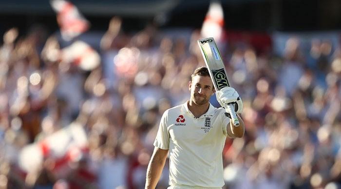 Malan scores debut ton as England reach 305-4 at stumps
