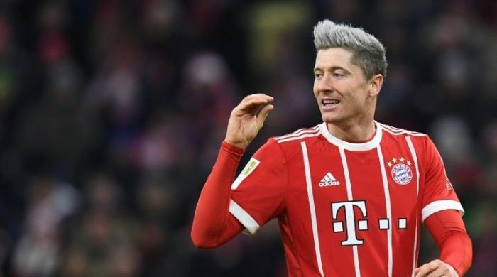 Lewandowski shoots into Bundesliga's top 10