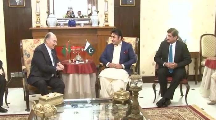 Bilawal, CM Sindh welcome Prince Karim to Karachi