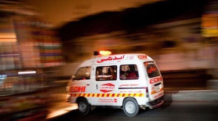 One dead, 10 injured in separate Karachi incidents
