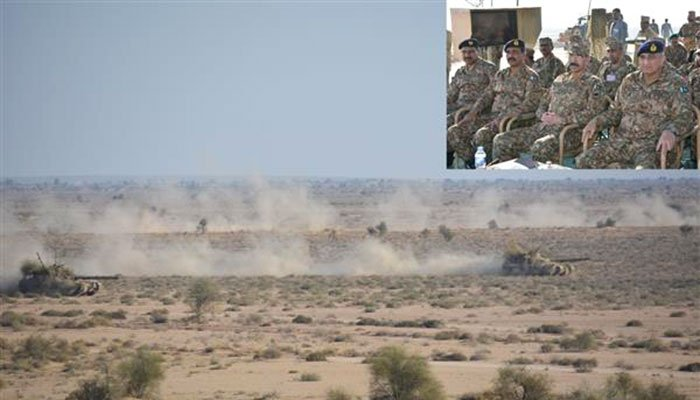 Army chief observes winter exercise of mechanised formation