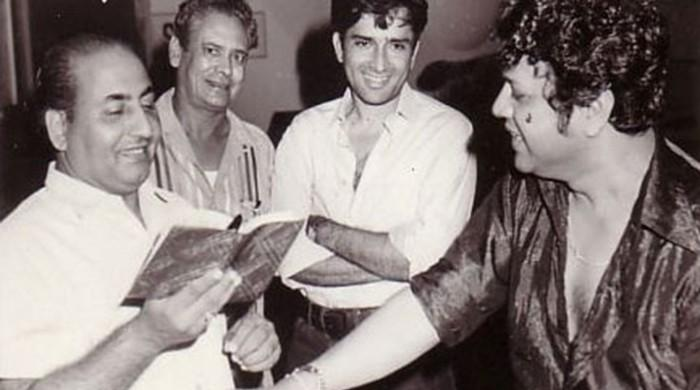 Muhammad Rafi's birthday, in the presence of Shashi Kapoor