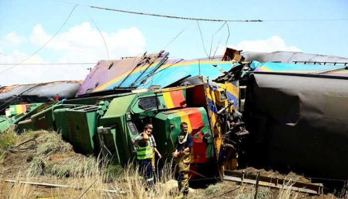 Nearly 100 people injured in train collision in Free State