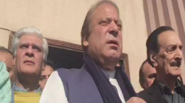 Nawaz assails Imran over marriage controversy after corruption hearing