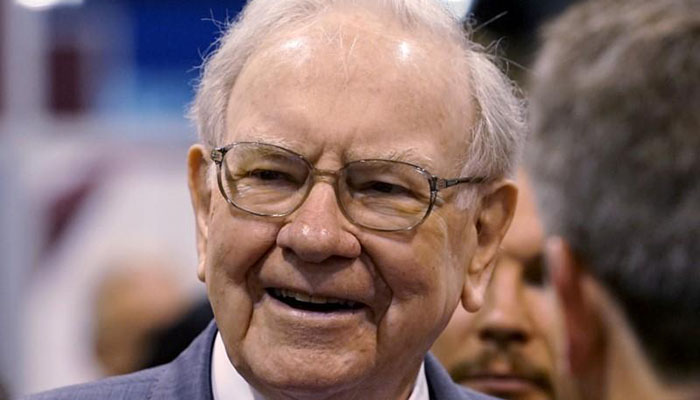 Berkshire Promotes Potential Buffett Successors Abel, Jain