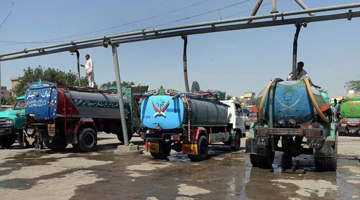 CJP vows to end 'tanker mafia', permits six-storey buildings in Karachi