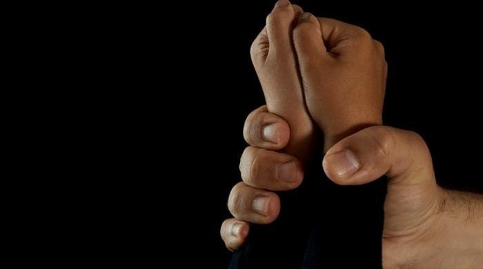 Cleric arrested for alleged sexual assault of 14-year-old in Karachi