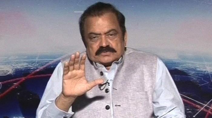 Pakistanis should curse leaders who curse, Sanaullah fires back at Imran, Sheikh Rasheed
