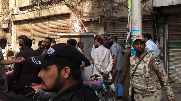 One dead, many injured in grenade attack in Karachi's Kharadar