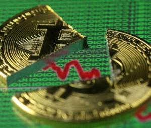 Regulatory fears hammer bitcoin below $10,000, half its peak