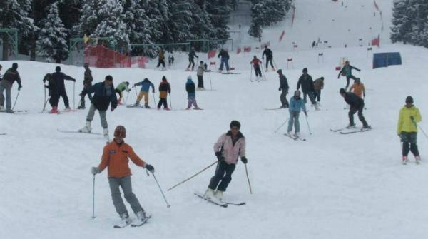 Over 30 international skiers arrive in Pakistan for ski races at Naltar