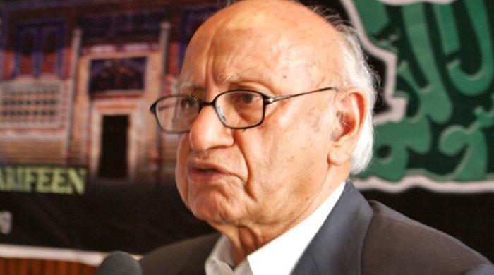 Senator SM Zafar quits politics