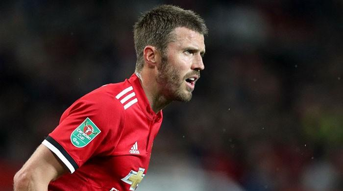 Man United's Carrick to retire at season's end: Mourinho