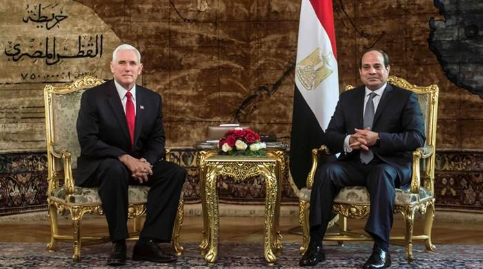 Pence tells Egypt's Sisi that US still backs two-state solution