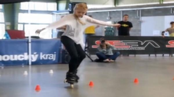 Fabulous roller skating skills of a teenager