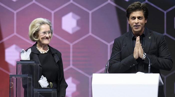 Shah Rukh Khan receives human rights award at WEF