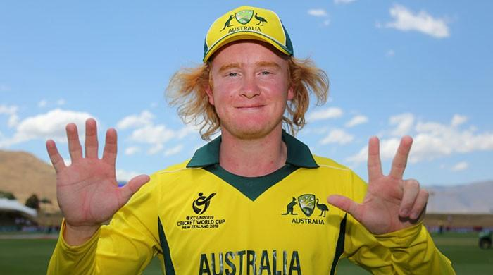 A new Warne? Aussie leggie sets U-19 record