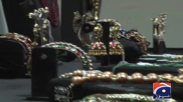 Jewellery exhibition: Unique collection inspired by royal courts of Sub-continent on display in Karachi