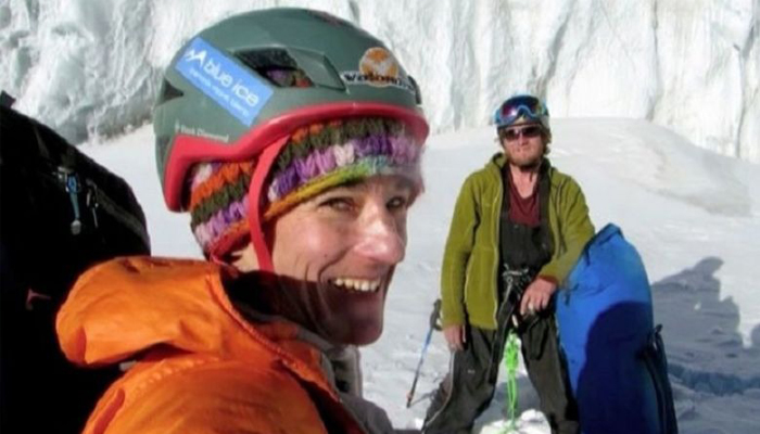 Climber forced to leave partner to die