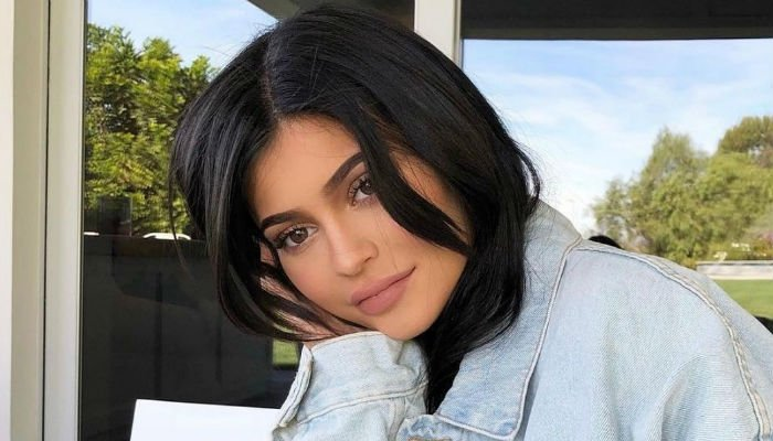 Image result for Kylie Jenner breaks silence and the Internet with birth announcement