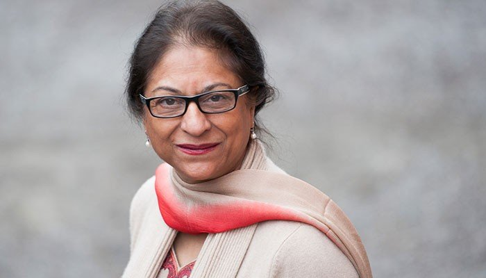 Human rights icon asma jahangir passes away in lahore for Asma t salon lahore