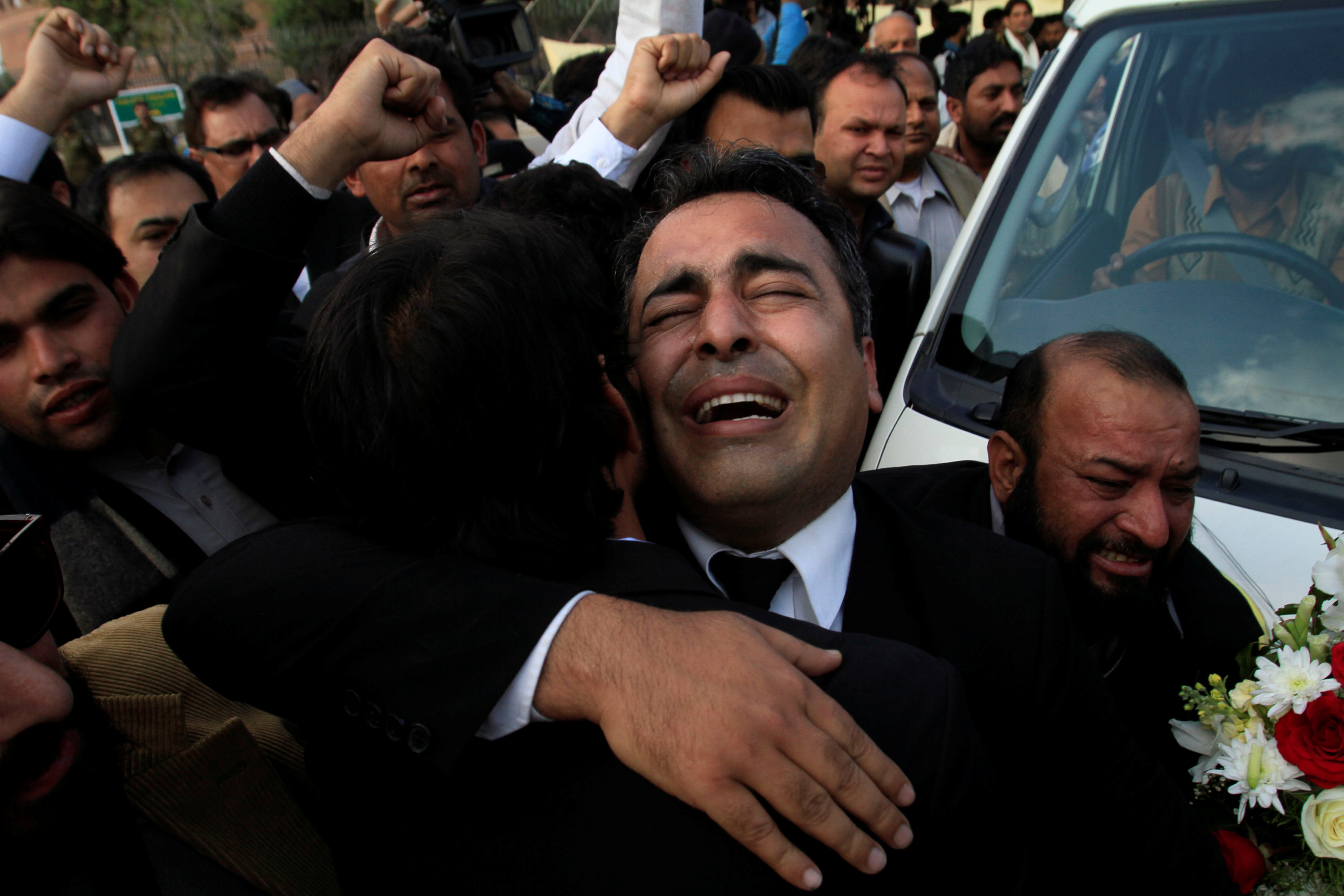 A lawyer mourns the death of human rights campaigner Asma Jahangir, who died on Sunday, during her funeral in Lahore, Pakistan February 13, 2018. REUTERS