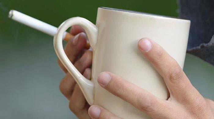 Drinking hot tea can increase risk of esophageal cancer: study