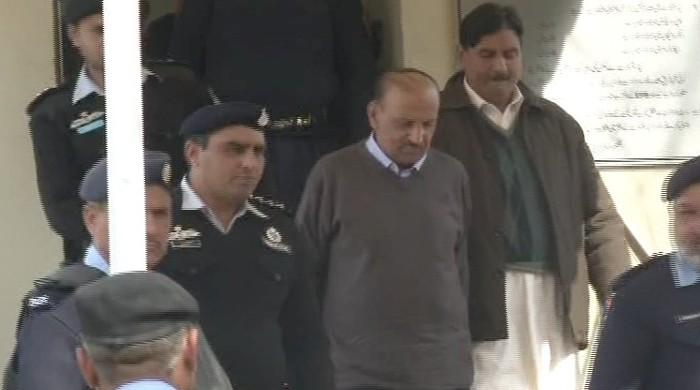 ETPB ex-chief Asif Hashmi arrested from Supreme Court