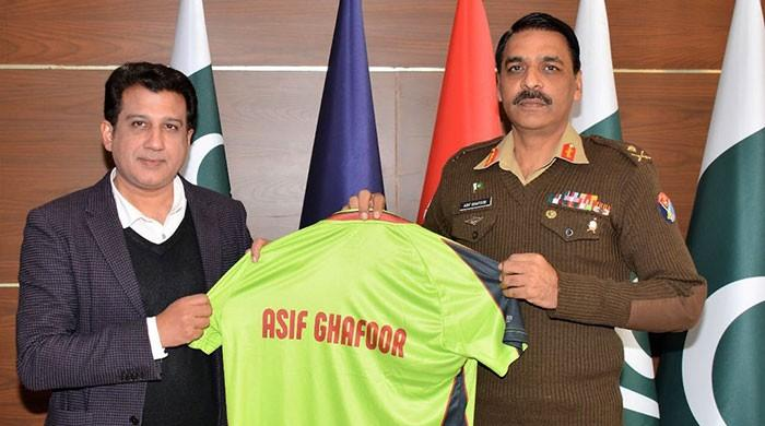 DG ISPR lauds Lahore Qalandars' players development efforts