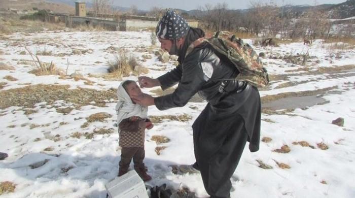 Polio campaign in South Waziristan amid heavy snowfall
