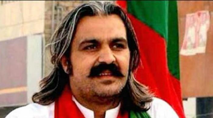 Court orders to file case against Gandapur for issuing dishonoured cheque