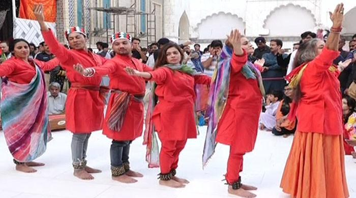 Sheema Kermani performs dhamaal at Sehwan
