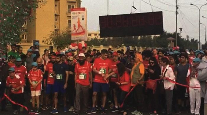 Karachiites participate in marathon sending message of inclusion