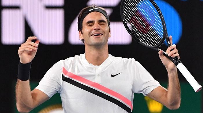 Federer confirmed as oldest world No.1