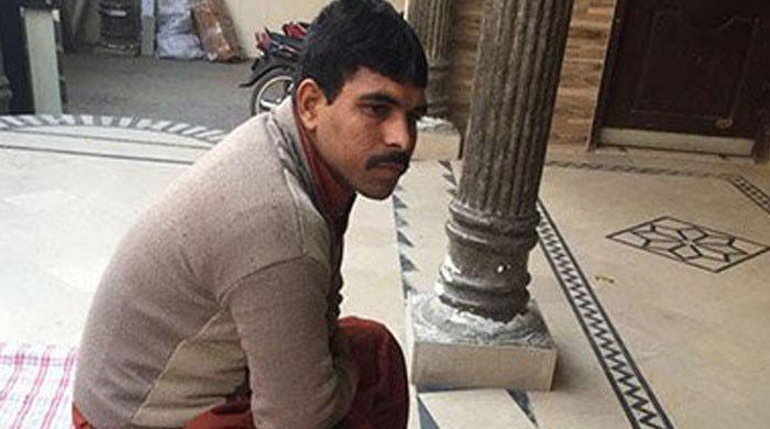Claiming innocence, Imran challenges Zainab murder case conviction