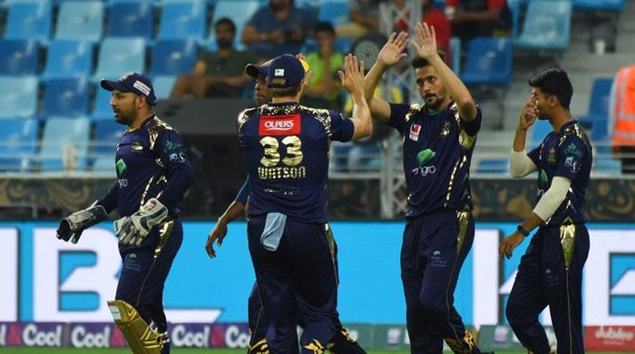 Gladiators cruise to victory against Qalandars by nine wickets in one-sided match