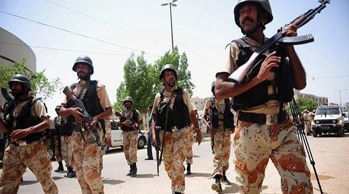 Rangers rescue two foreign hostages in Karachi raid