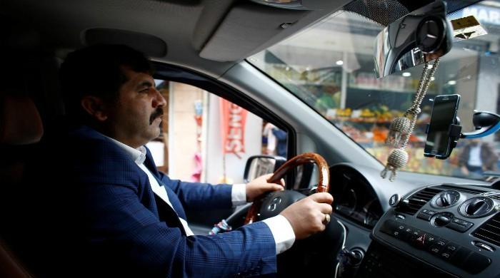 Istanbul taxi drivers go to court to seek shutdown of Uber