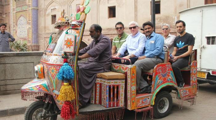 PSL escapades: Foreign commentators tour Lahore's 'breathtaking' old city