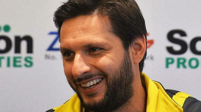Shahid Afridi to sit out today's PSL eliminator due to knee injury