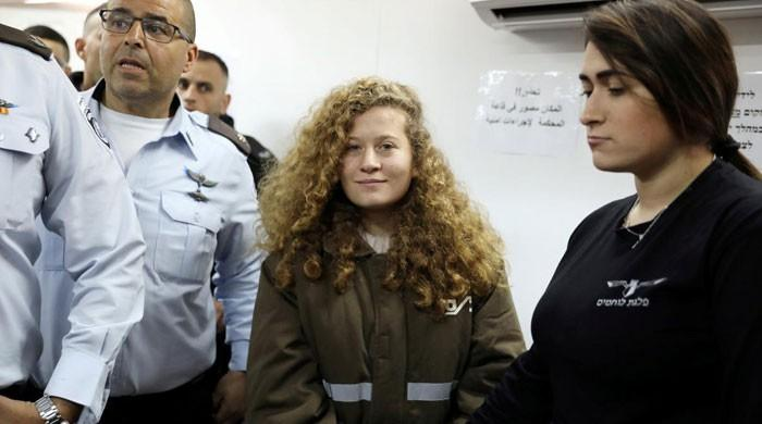 Palestinian teen girl on trial for striking Israeli soldier reported to agree plea deal