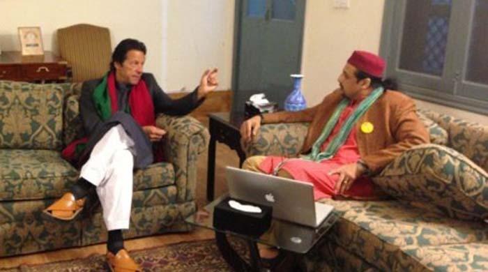 Salman Ahmad supports Imran Khan once again