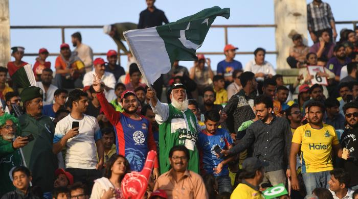 Cricket returns to Karachi with all its glory