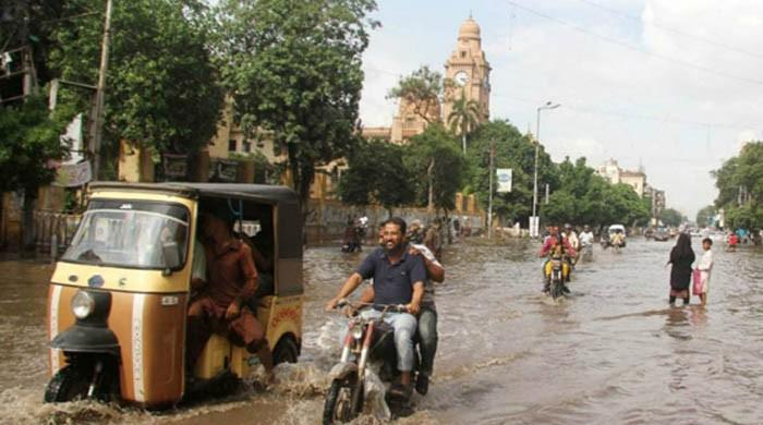 SC orders sewers across Karachi to be cleaned before first spell of rain