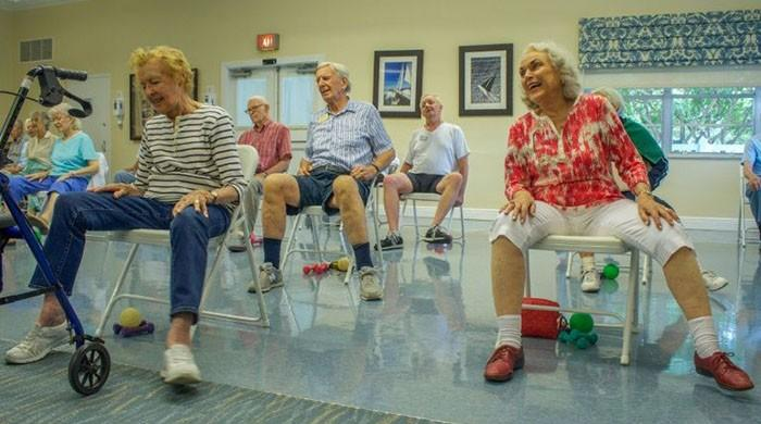 Exercise, not vitamins, urged to prevent falls in seniors