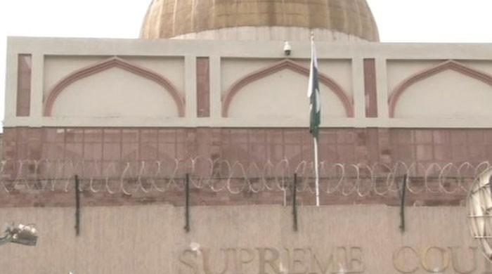 CJP orders action against quacks in KP; praises IGP Salahuddin Mehsud