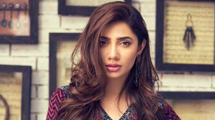 Mahira Khan emerges as voice of wisdom in Meesha-Ali harassment issue
