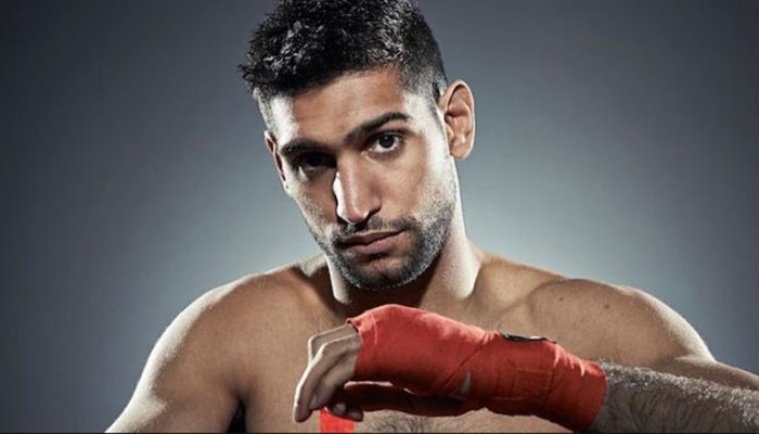Amir Khan returns to boxing ring against Canada's Phil Lo Greco